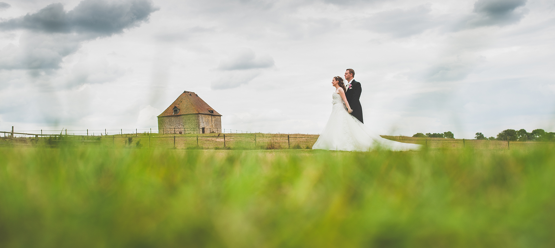 Jenifer-Andrew-wedding-Notley-tythe-barn-11991