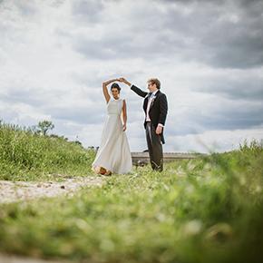 Oxfordshire Garden Wedding, Gemma & Pete's Garden Wedding