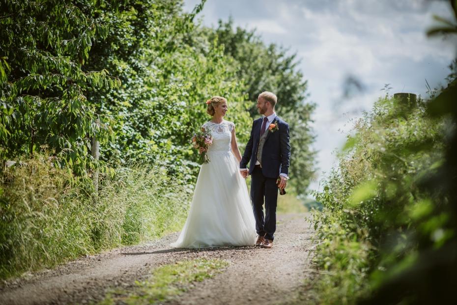 Notley Tythe Barn Wedding - 0105