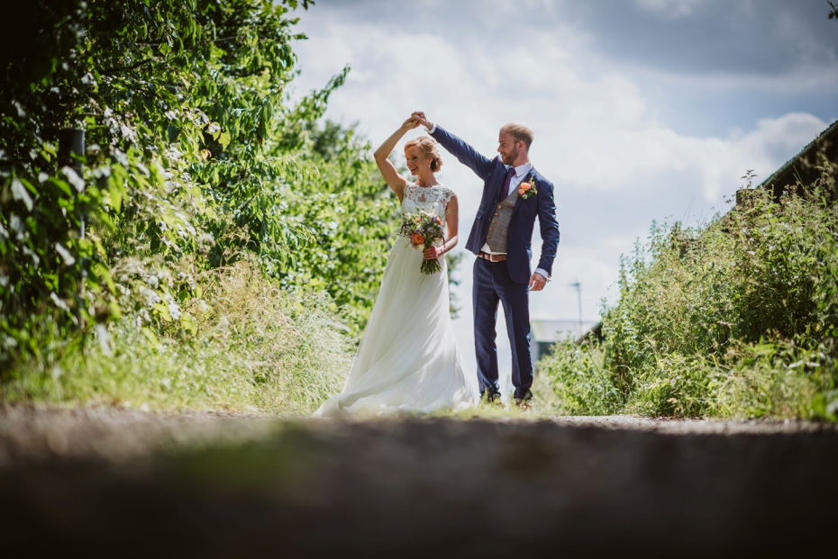 Notley Tythe Barn Wedding - 0106