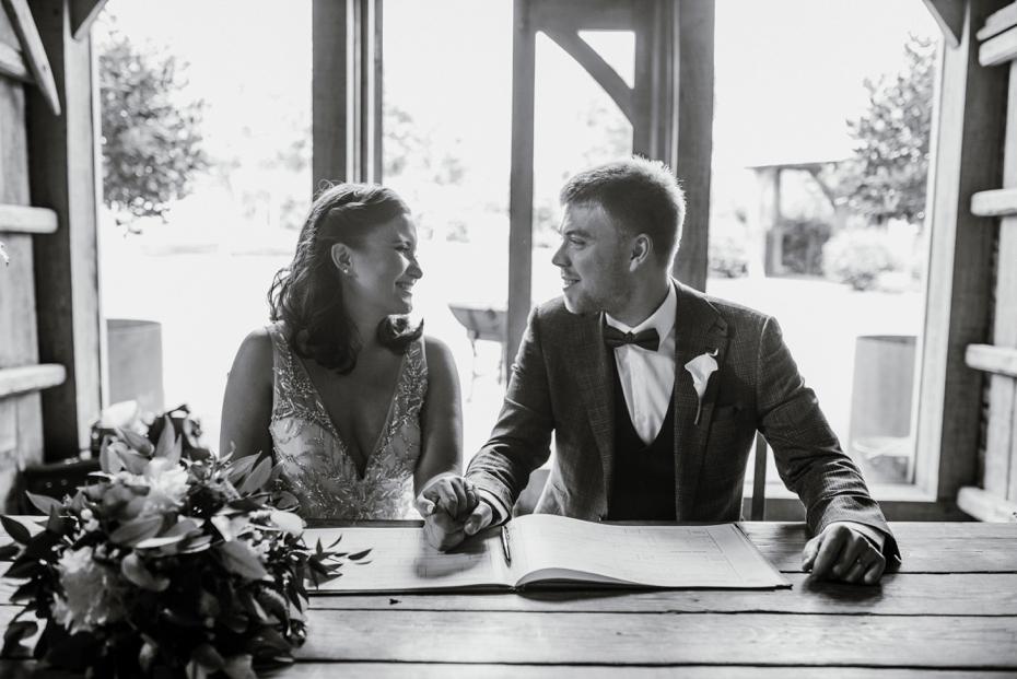 Cripps Stone Barn Wedding - Steph & Luke - 0334