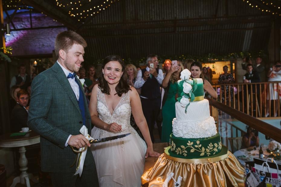 Cripps Stone Barn Wedding - Steph & Luke - 0708