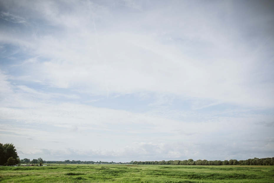 Port Meadow engagement shoot - Hannah & Christian - Lee Dann Photography - 0002