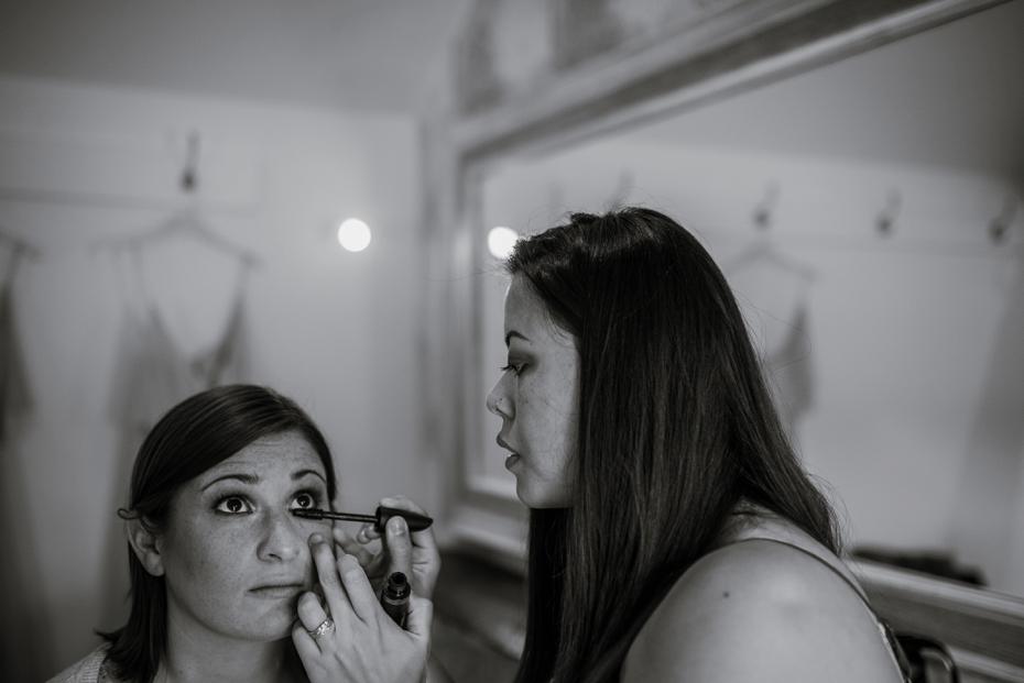 Caswell House wedding - Lisa & Mark - Lee Dann Photography - 0037