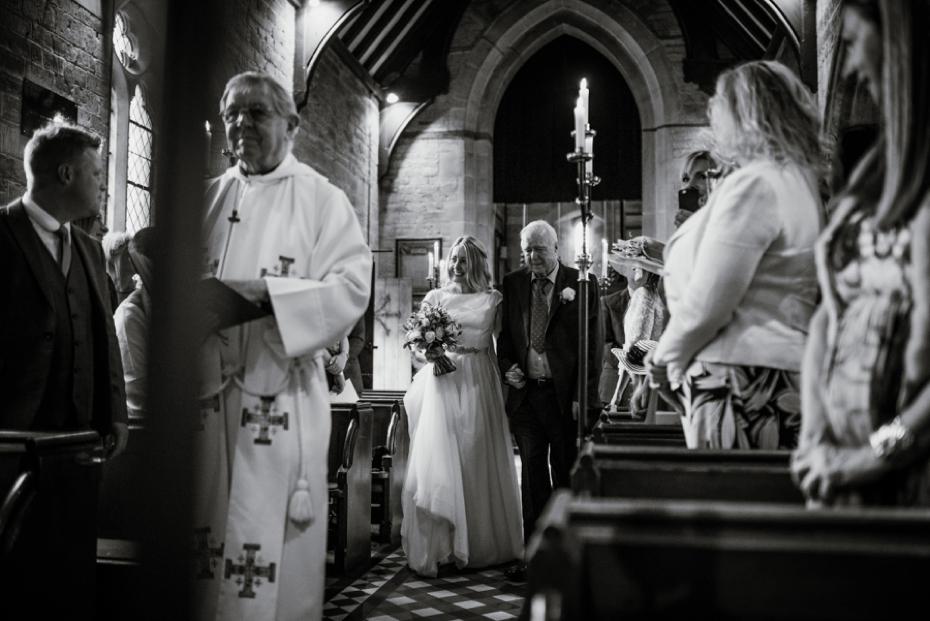 Lower Slaughter Wedding - Sharon + Gareth - Lee Dann Photography - 0146