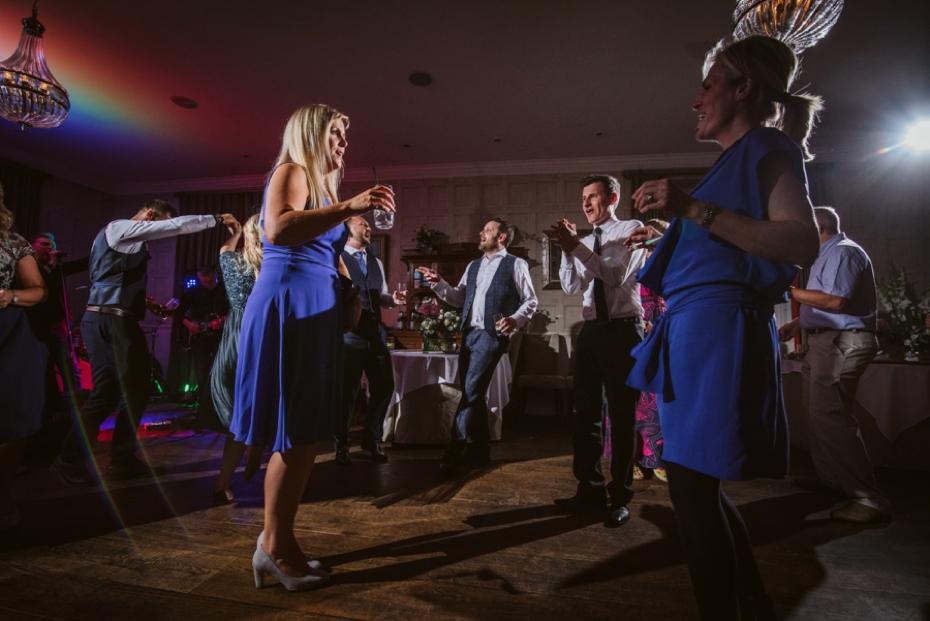 Lower Slaughter Wedding - Sharon + Gareth - Lee Dann Photography - 0522