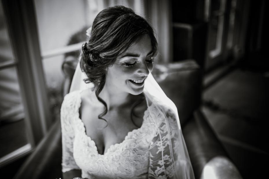 Shotover Garden wedding - Hannah & Christian - Lee Dann Photography - 0221
