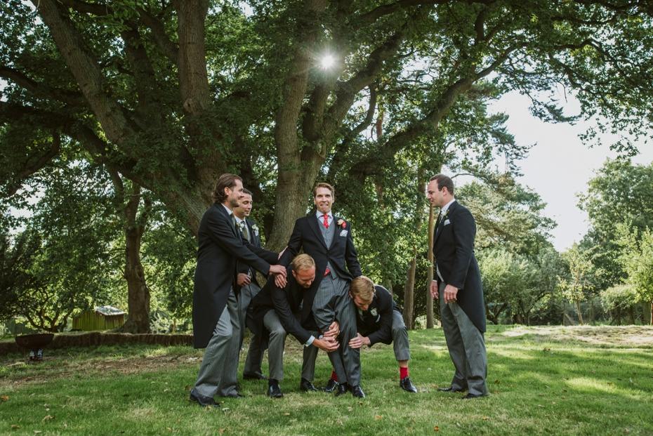 Shotover Garden wedding - Hannah & Christian - Lee Dann Photography - 0521