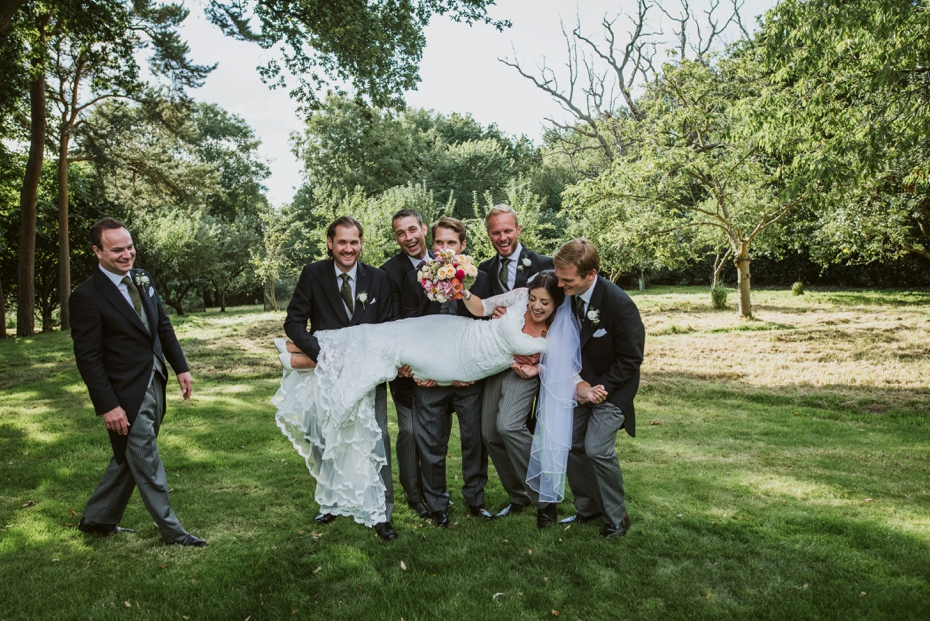 Shotover Garden wedding - Hannah & Christian - Lee Dann Photography - 0525