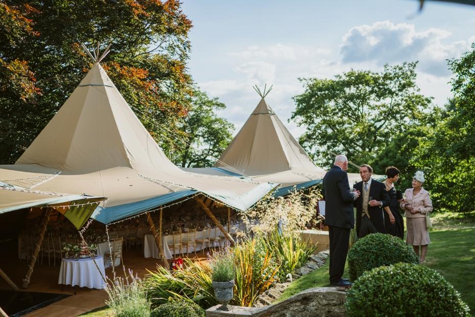 Shotover Garden wedding - Hannah & Christian - Lee Dann Photography - 0548