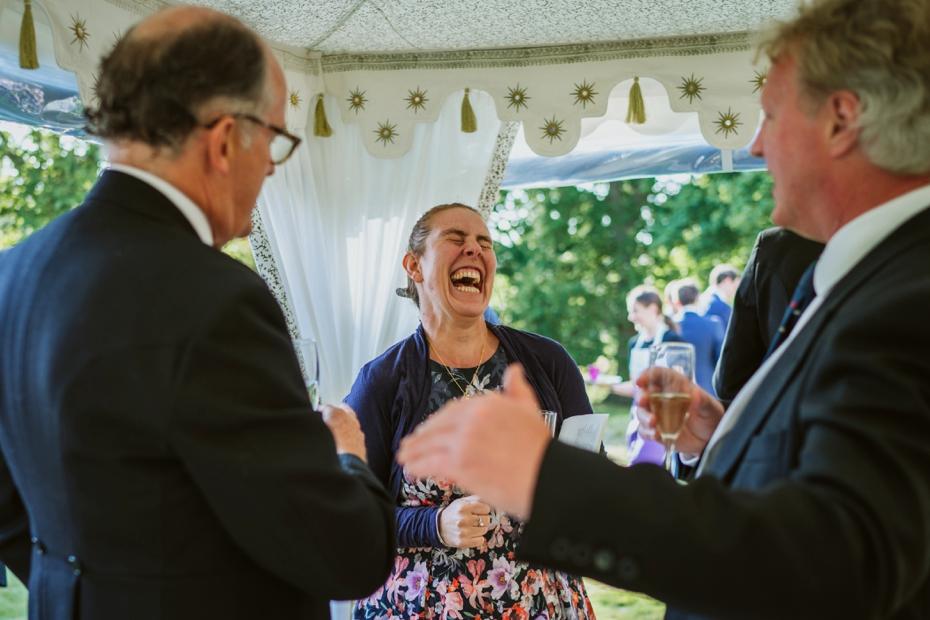 Shotover Garden wedding - Hannah & Christian - Lee Dann Photography - 0551