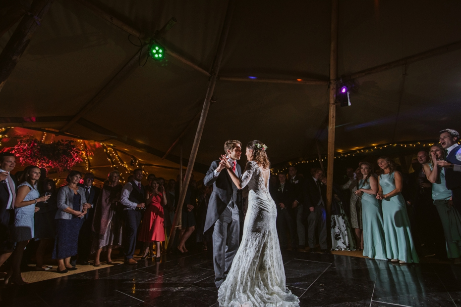 Shotover Garden wedding - Hannah & Christian - Lee Dann Photography - 0807