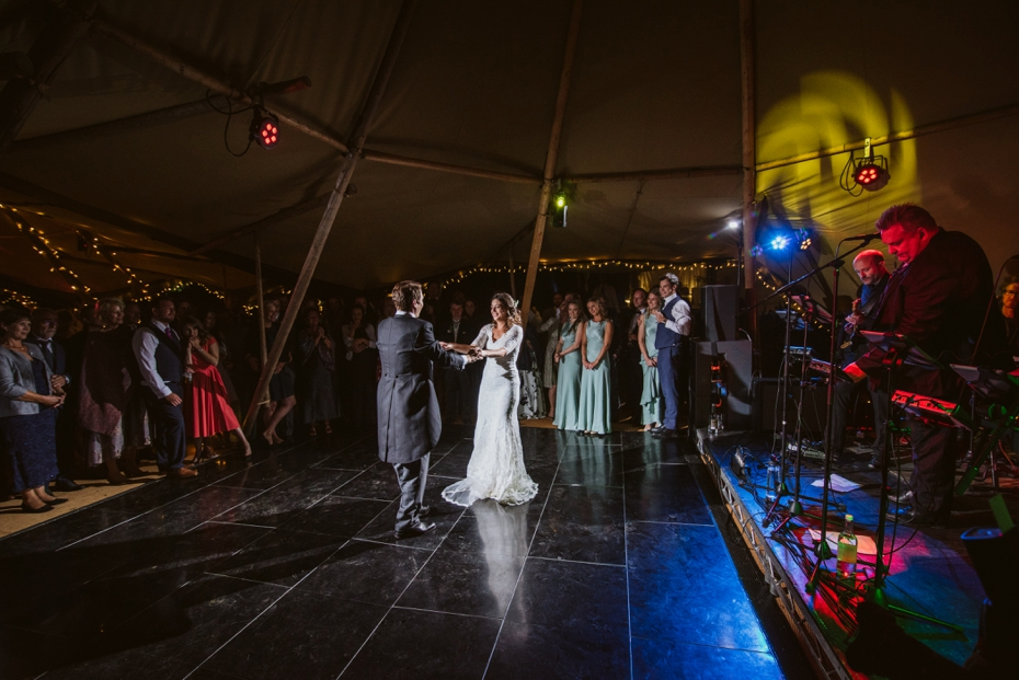Shotover Garden wedding - Hannah & Christian - Lee Dann Photography - 0810