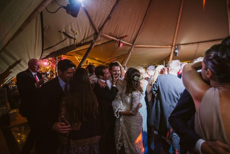 Shotover Garden wedding - Hannah & Christian - Lee Dann Photography - 0830