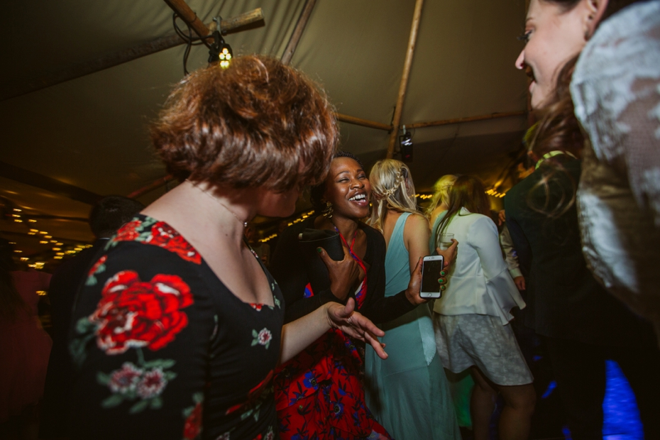 Shotover Garden wedding - Hannah & Christian - Lee Dann Photography - 0852