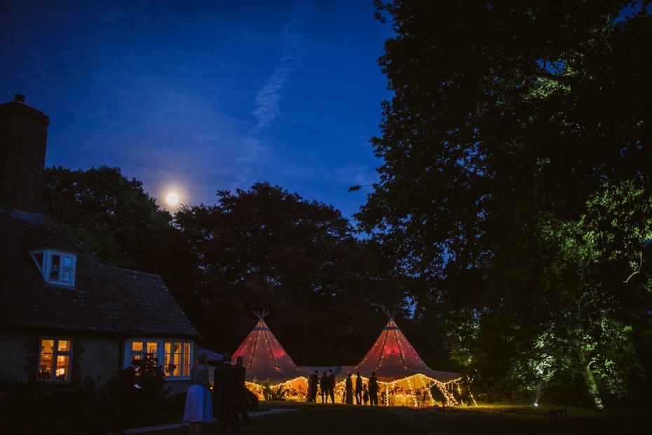 Shotover Garden wedding - Hannah & Christian - Lee Dann Photography - 0861