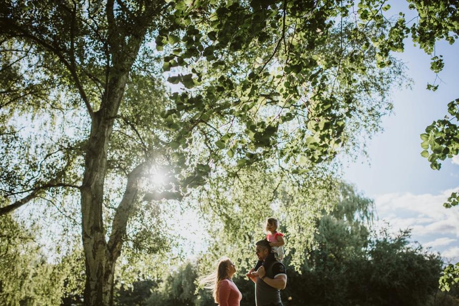 Cuttselowe engagement - Steph & Pero + one - Lee Dann Photography - 0049
