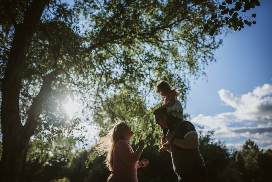 Cuttselowe engagement - Steph & Pero + one - Lee Dann Photography - 0051