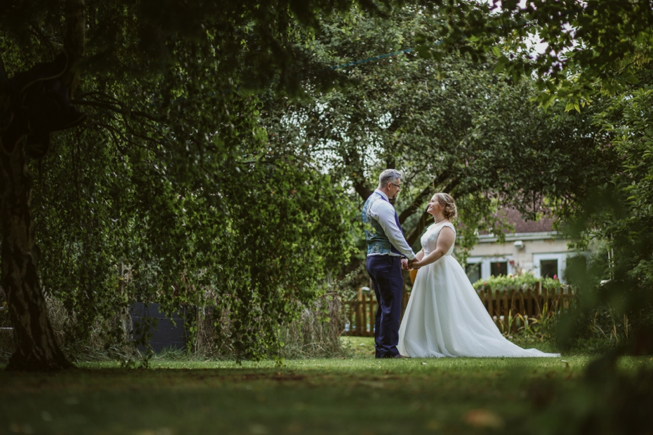 St Edmunds & Garden wedding - Steph & Pero - Lee Dann Photography - 0781