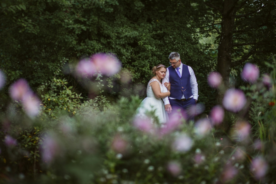 St Edmunds & Garden wedding - Steph & Pero - Lee Dann Photography - 0793