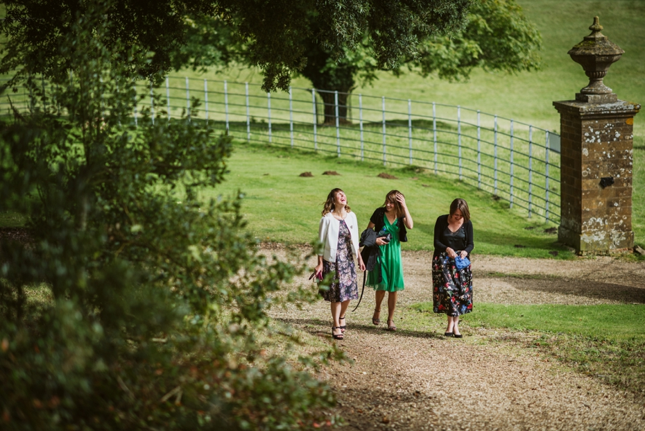 The Cart Shed wedding - Kate & Ryan - Lee Dann Photography - 0179