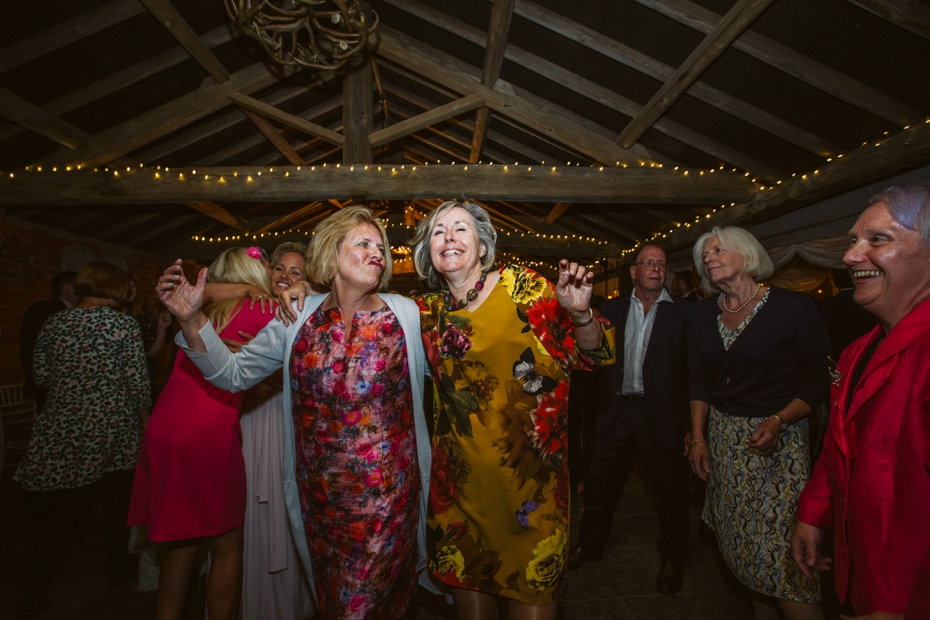 The Cart Shed wedding - Kate & Ryan - Lee Dann Photography - 0782