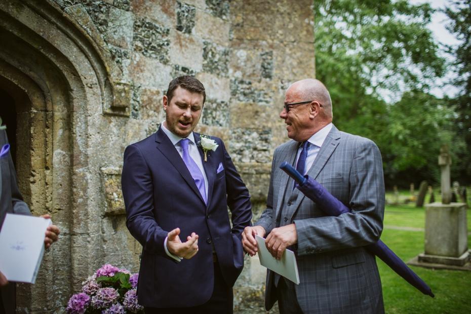 Wiltshire Garden wedding - Carly & Pete - Lee Dann Photography - 0285