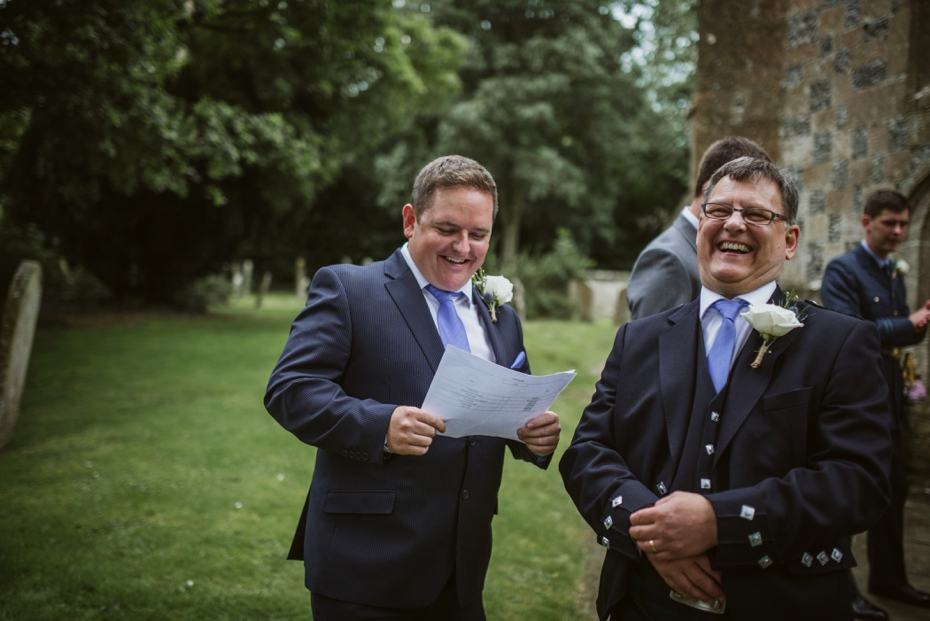 Wiltshire Garden wedding - Carly & Pete - Lee Dann Photography - 0326