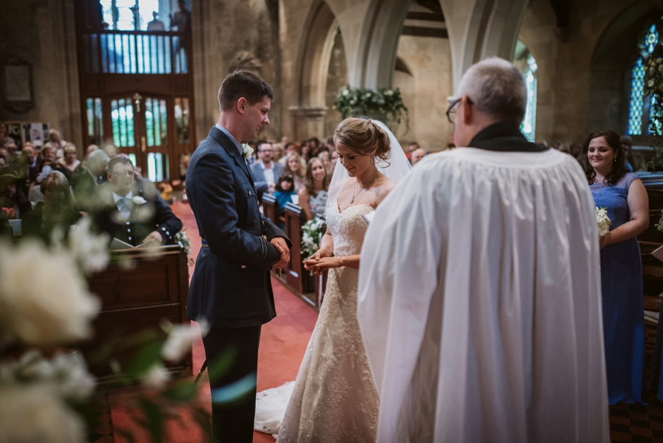 Wiltshire Garden wedding - Carly & Pete - Lee Dann Photography - 0428
