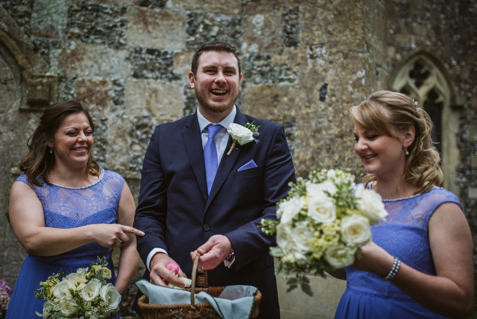 Wiltshire Garden wedding - Carly & Pete - Lee Dann Photography - 0508