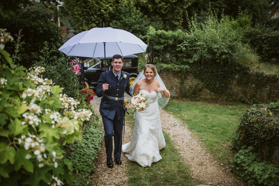 Wiltshire Garden wedding - Carly & Pete - Lee Dann Photography - 0624