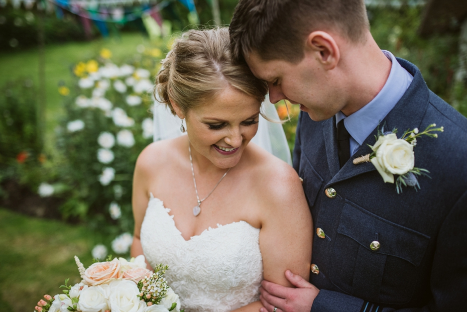 Wiltshire Garden wedding - Carly & Pete - Lee Dann Photography - 0639