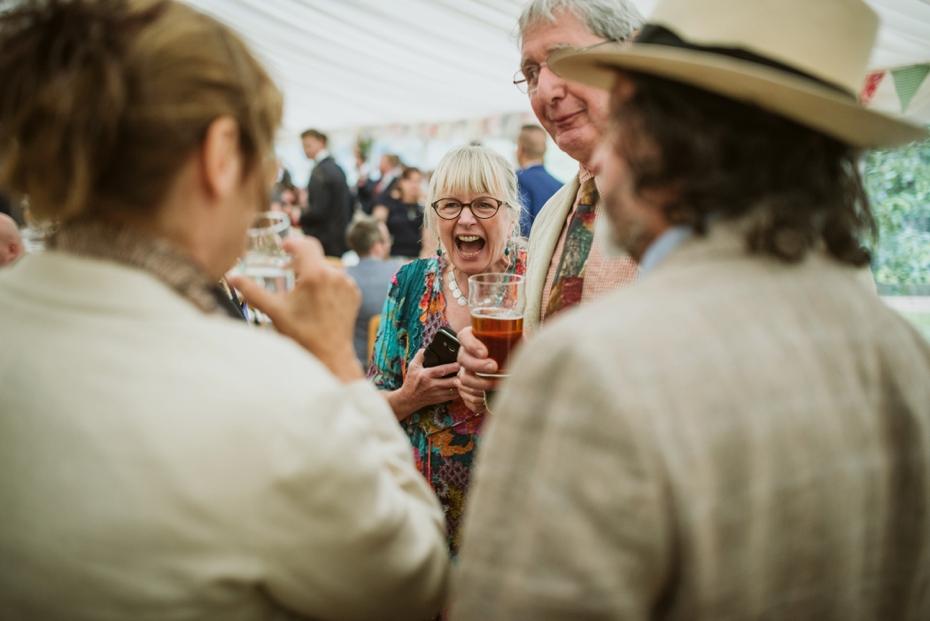 Wiltshire Garden wedding - Carly & Pete - Lee Dann Photography - 0700