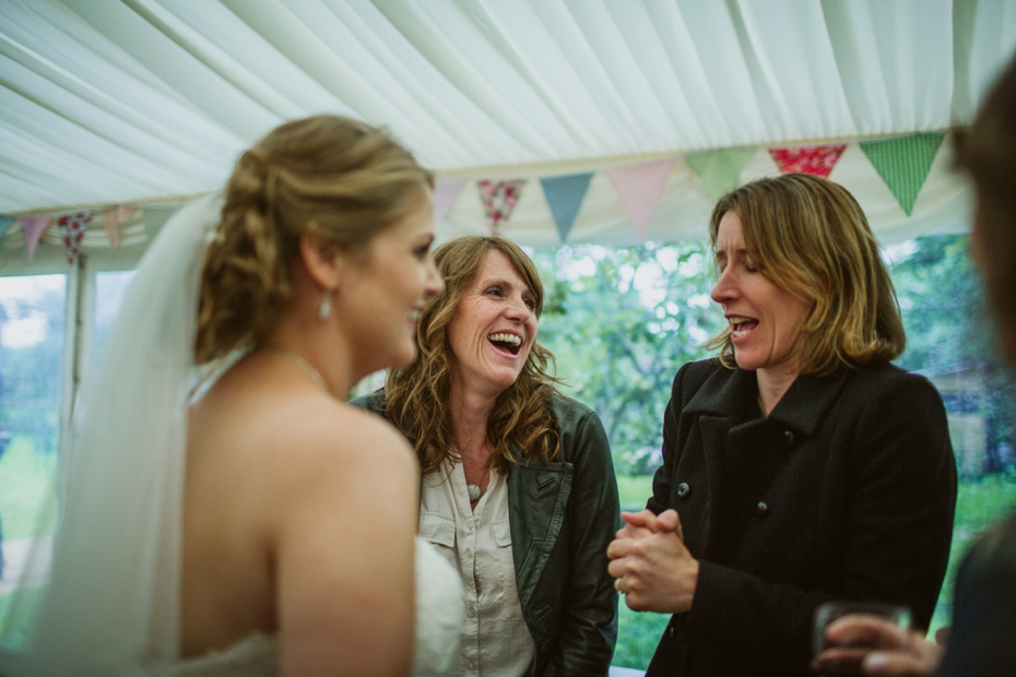 Wiltshire Garden wedding - Carly & Pete - Lee Dann Photography - 0870