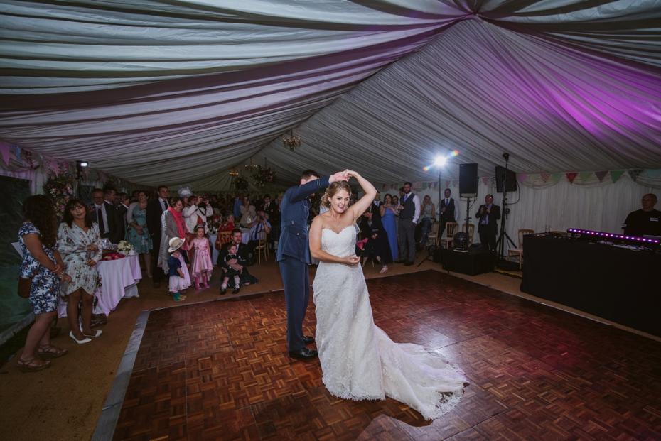 Wiltshire Garden wedding - Carly & Pete - Lee Dann Photography - 0882