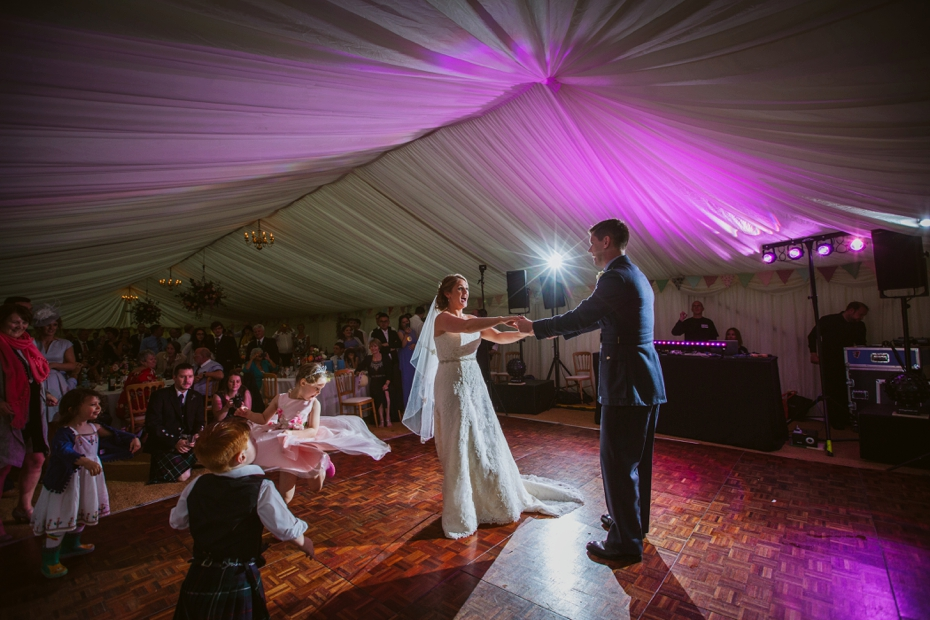 Wiltshire Garden wedding - Carly & Pete - Lee Dann Photography - 0885