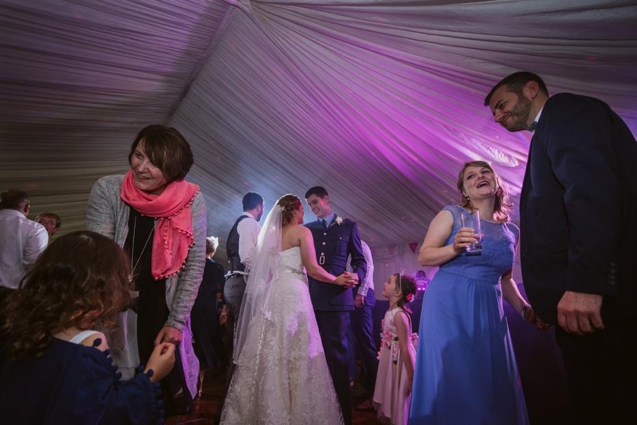 Wiltshire Garden wedding - Carly & Pete - Lee Dann Photography - 0893