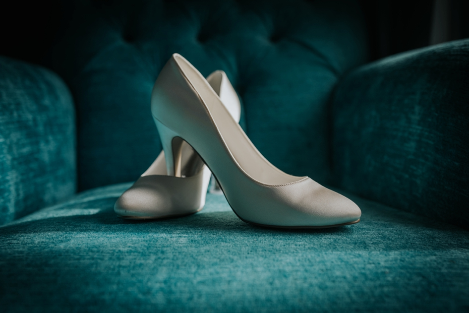 Oxford Town Hall Wedding - Anna & Dom - Lee Dann Photography - 0007