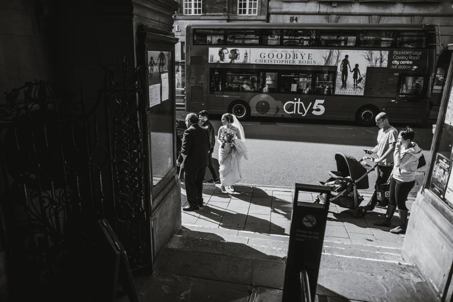 Oxford Town Hall Wedding - Anna & Dom - Lee Dann Photography - 0152