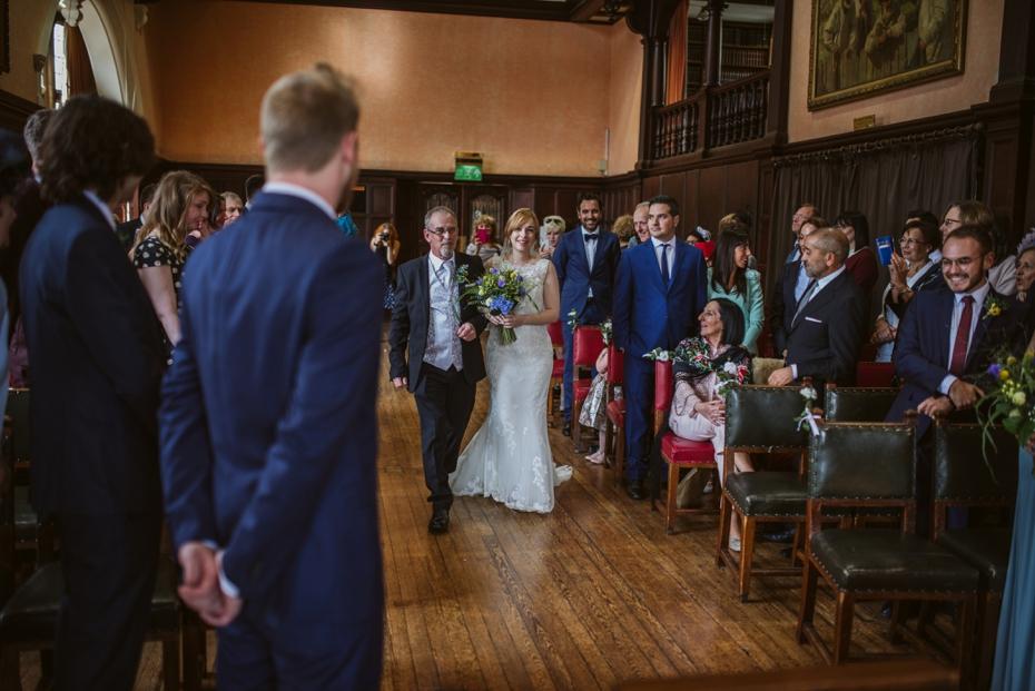 Oxford Town Hall Wedding - Anna & Dom - Lee Dann Photography - 0191