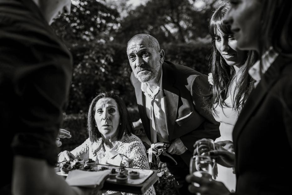 Oxford Town Hall Wedding - Anna & Dom - Lee Dann Photography - 0477