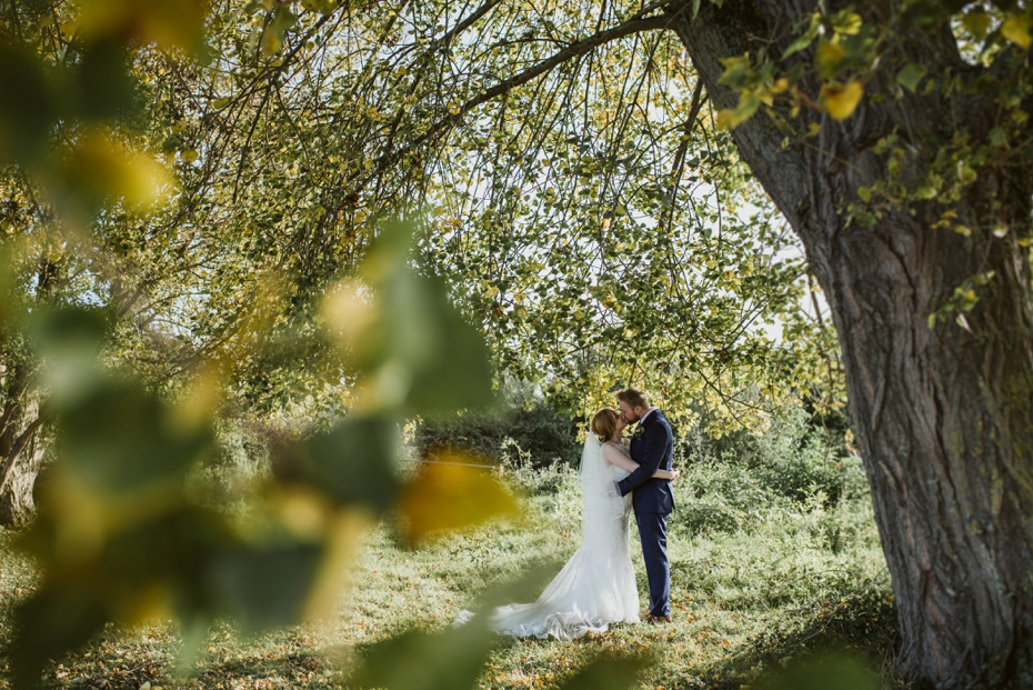 Oxford Town Hall Wedding - Anna & Dom - Lee Dann Photography - 0530