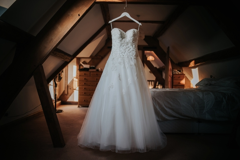 Oxford Four Pillars Wedding- Chloe & Chris - Lee Dann Photography - 0010