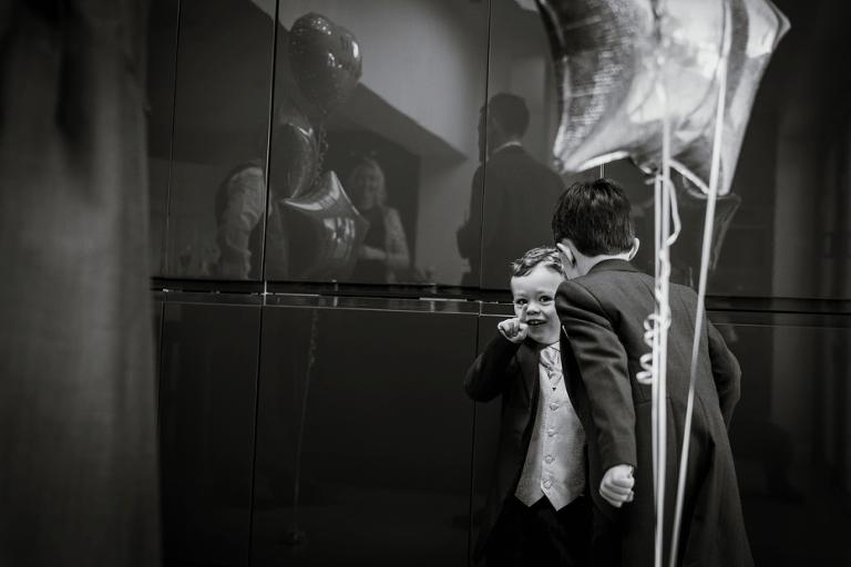 Oxford Four Pillars Wedding- Chloe & Chris - Lee Dann Photography - 0093
