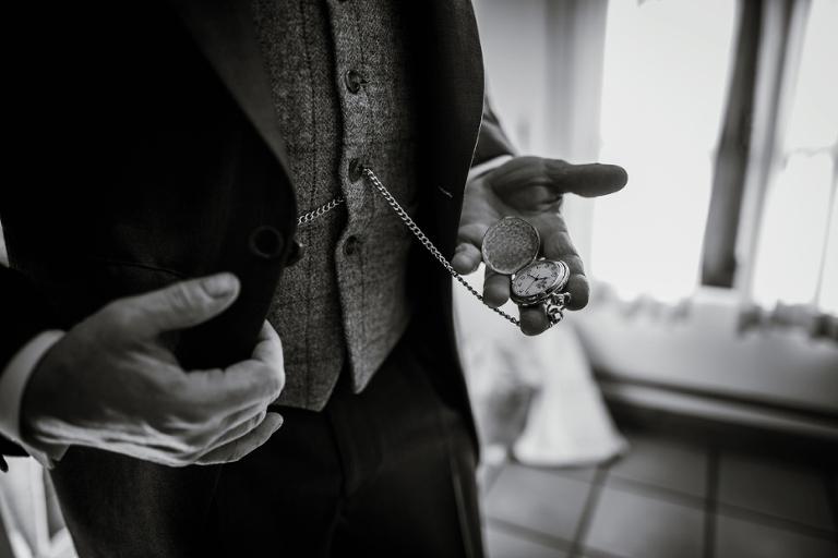 Oxford Four Pillars Wedding- Chloe & Chris - Lee Dann Photography - 0109
