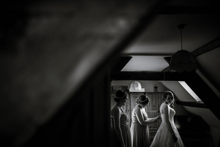 Oxford Four Pillars Wedding- Chloe & Chris - Lee Dann Photography - 0207