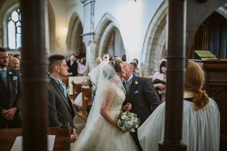 Oxford Four Pillars Wedding- Chloe & Chris - Lee Dann Photography - 0322