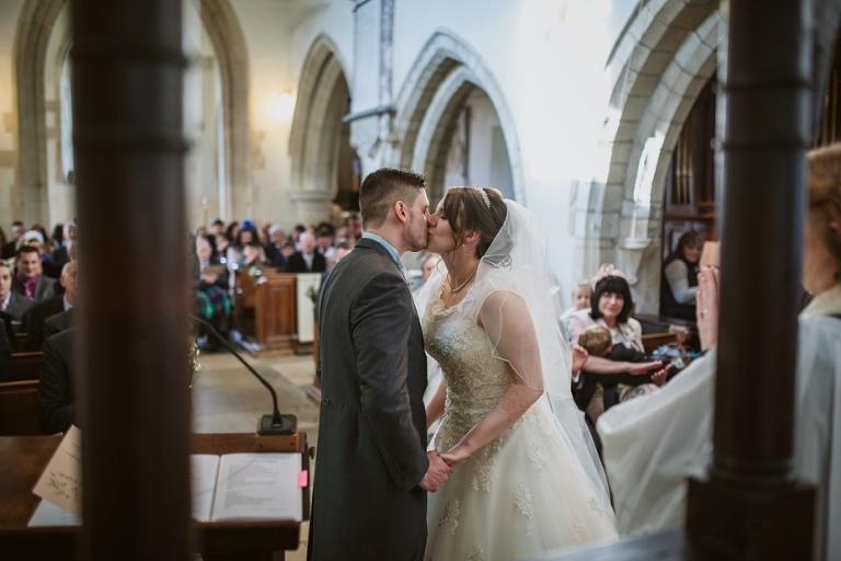Oxford Four Pillars Wedding- Chloe & Chris - Lee Dann Photography - 0362