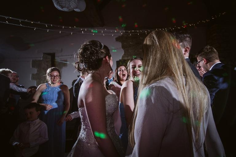 Oxford Four Pillars Wedding- Chloe & Chris - Lee Dann Photography - 0606