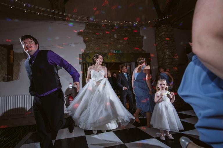 Oxford Four Pillars Wedding- Chloe & Chris - Lee Dann Photography - 0635